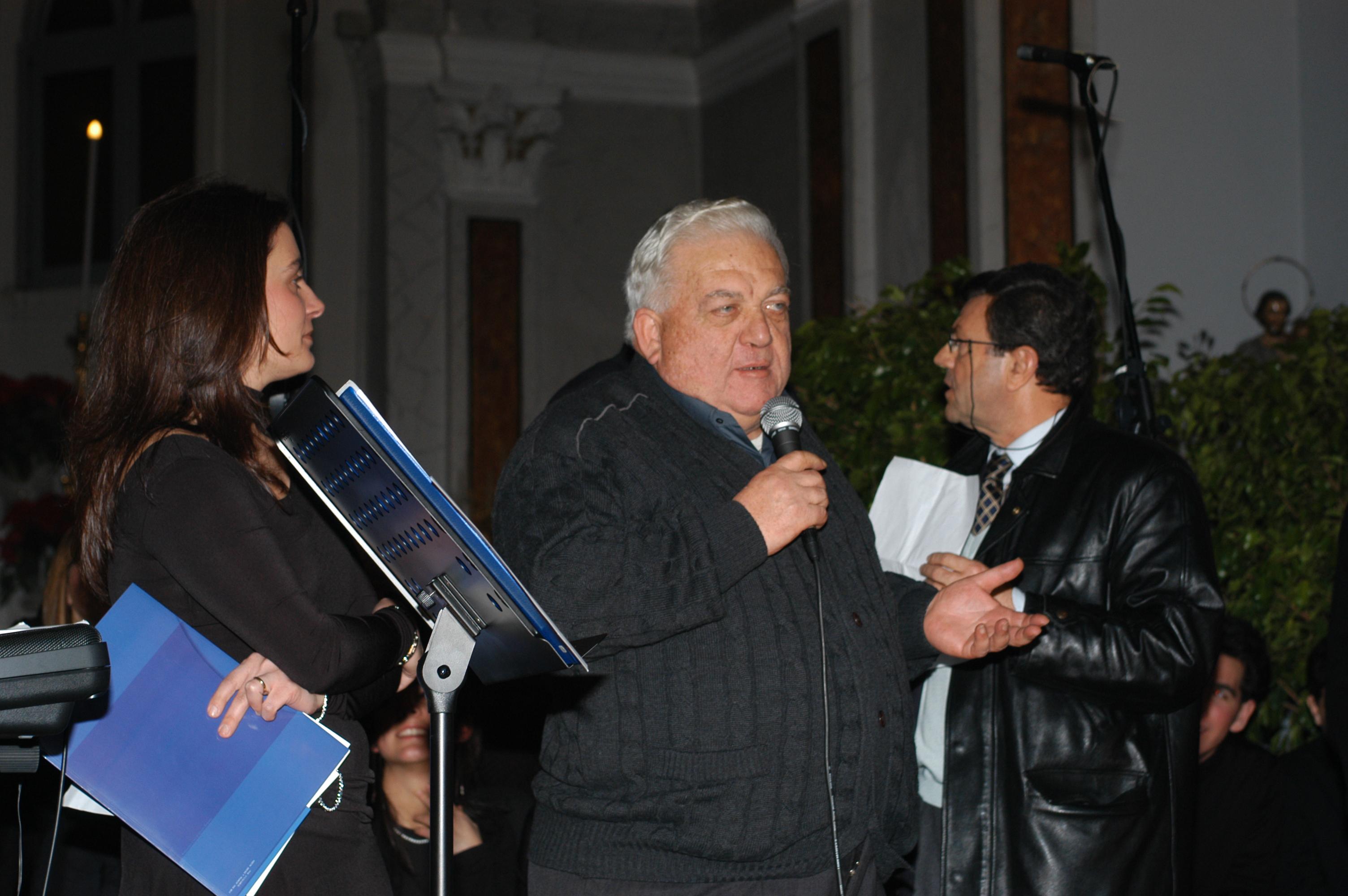 Il Parroco Don Giuseppe.